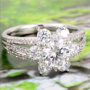 Jewelry - 18k white gold diamond halo engagement bridal ring